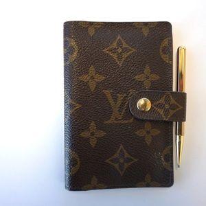 Louis Vuitton pocketbook!